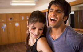 Ranveer And Anushka Dil Dhadakne Do