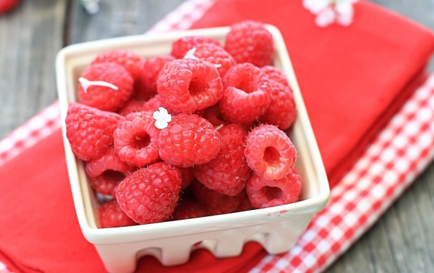 Raspberries Berries (click to view)
