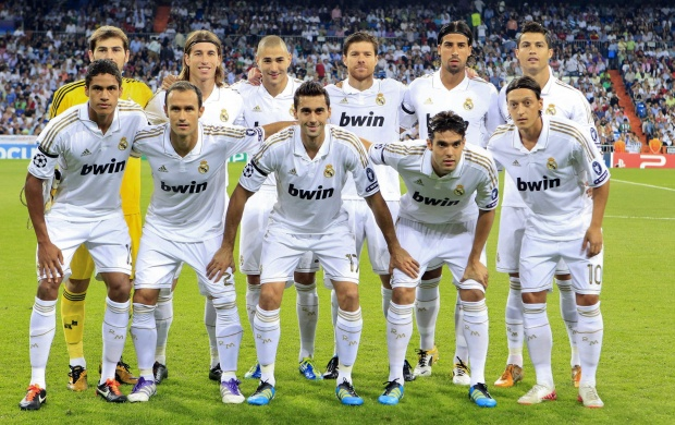 Real Madrid Team (click to view)