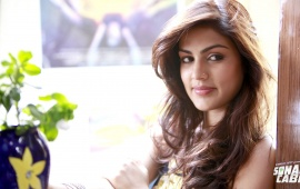 Rhea Chakraborty In Sonali Cable Movie