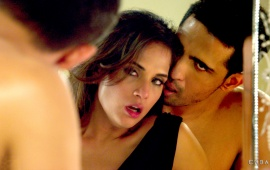 Richa Chadda And Gulshan Devaiah Romance In Cabaret