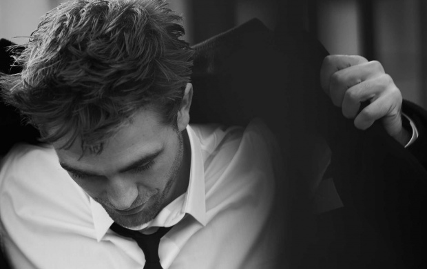 Robert Pattinson Dior Homme 2016 (click to view)