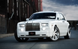 Rolls Royce Phantom White