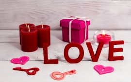 Romantic Candle Love Heart