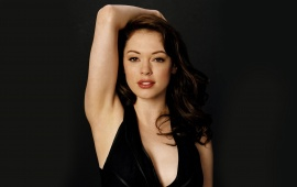 Rose McGowan Frontal