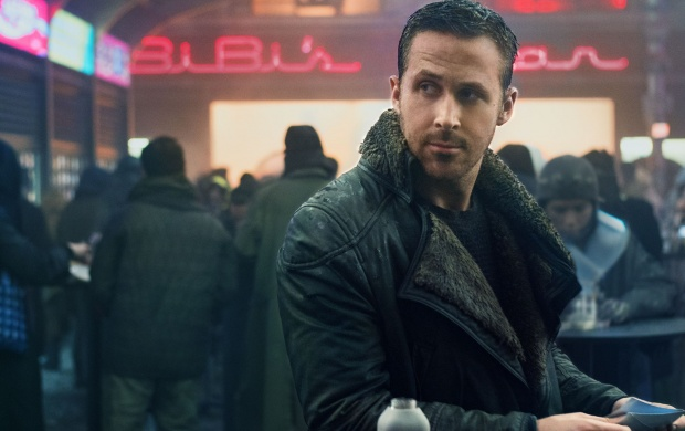 Ryan Gosling Blade Runner 2049 (click to view)