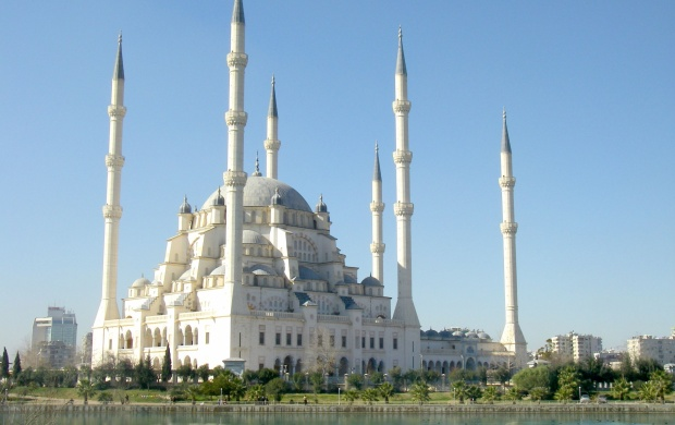Sabanci Mosque (click to view)