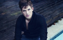 Sad Matt Lanter