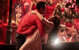 Salman Khan And Jacqueline Romance In Kick