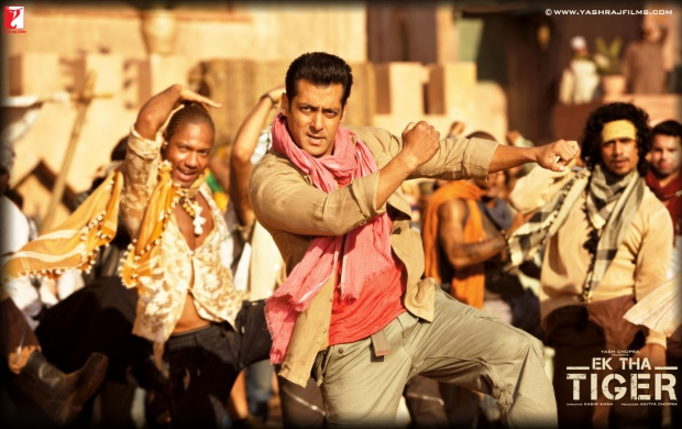 Salman Khan Dancing In Mashallah Song (click to view)