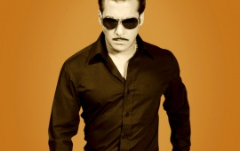 Salman khan In Black Shirt