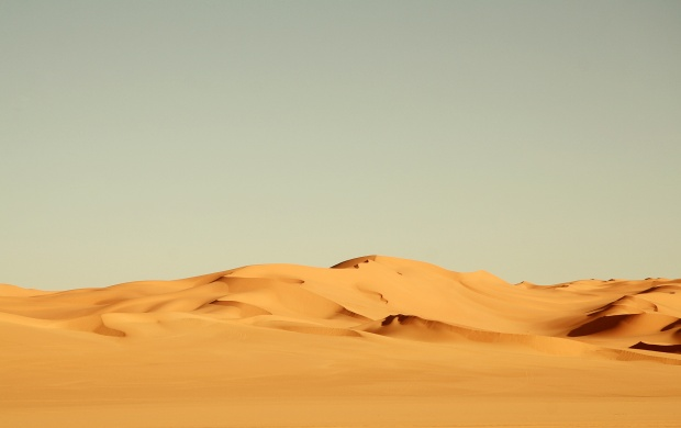 Sand Dunes in Sahara Desert (click to view)
