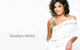 Sandhya Mridul In White Saree