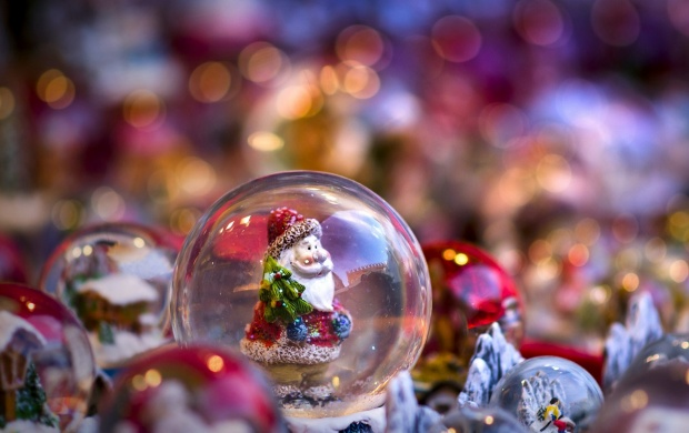 Santa Claus Toys Bokeh (click to view)
