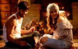 Shaandaar Alia And Shahid Smoke