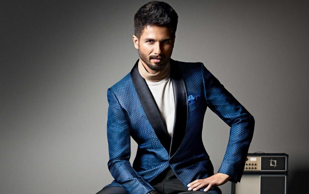 Shahid Kapoor GQ 2017 (click to view)