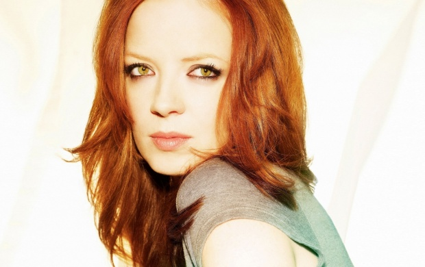 Shirley Manson (click to view)