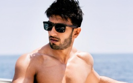 Shirtless Ranveer Singh