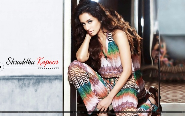 Shraddha Kapoor Lovely Hair (click to view)