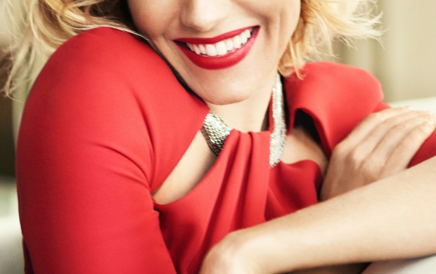 Sienna Miller Vogue UK 2015 (click to view)