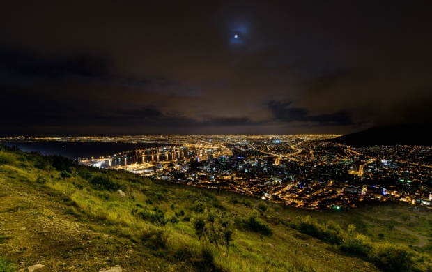 Signal Hill Mountain Cape Town (click to view)