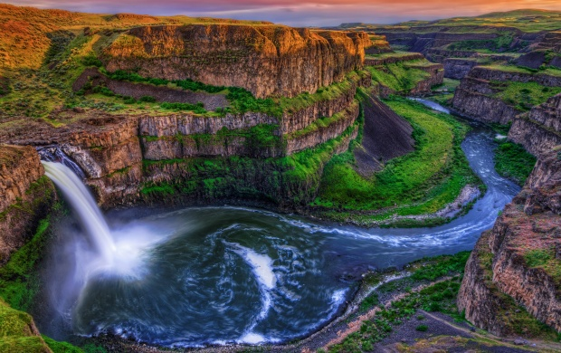 Skaly Palouse Canyon Falls (click to view)