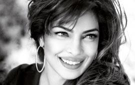 Smile Queen Priyanka Chopra