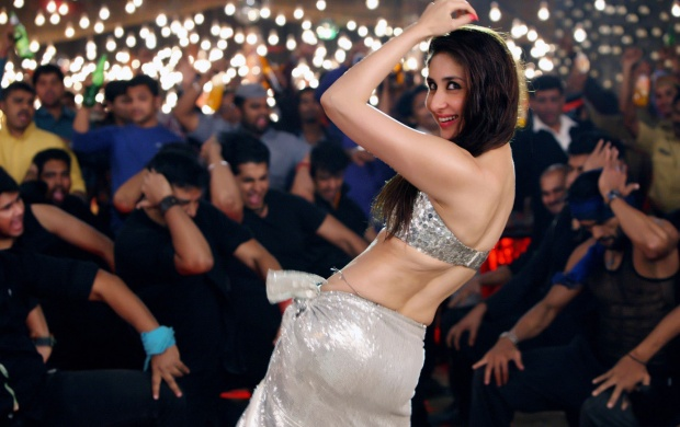 Smiley Kareena Kapoor Khan In Brother (click to view)