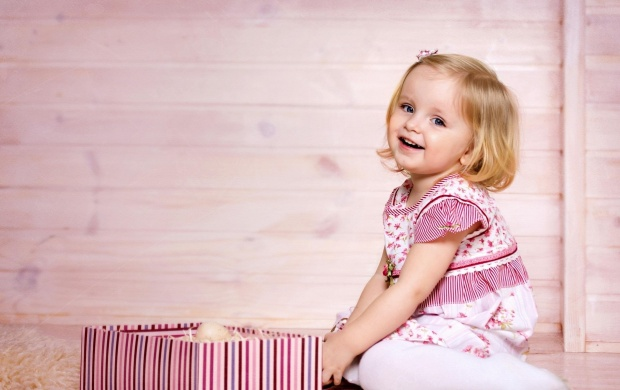 Smiling Girl And Gift Box (click to view)