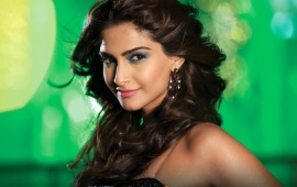 Sonam Kapoor Bewakoofiyaan Movie