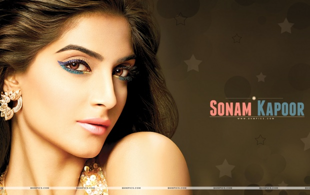 Sonam Kapoor Sweet Face (click to view)