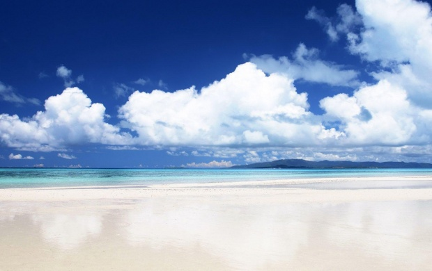 Spectacular White Sand Beach  (click to view)