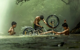 Splashing Children Bike
