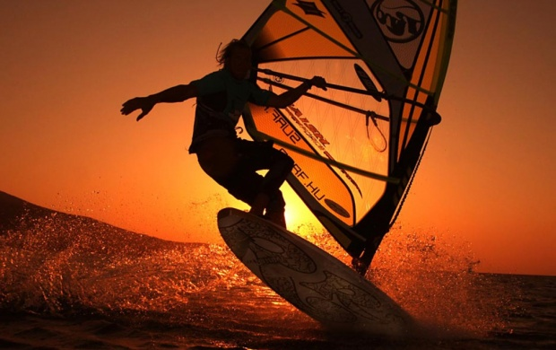 Sunrise Wind Surfing (click to view)