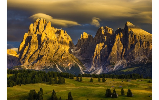 Sunset Light On Mountains (click to view)