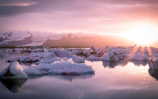 Sunset Over The Glacier (click to view)