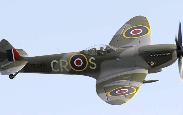 Supermarine Spitfire Mk XVI (click to view)