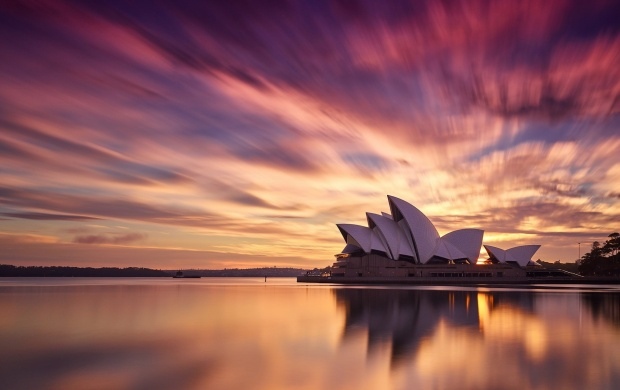 Sydney City Opera House (click to view)