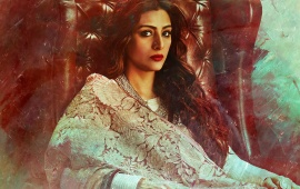 Tabu As Begum Hazrat In Fitoor