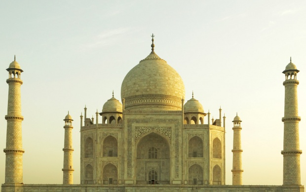 Taj Mahal (click to view)