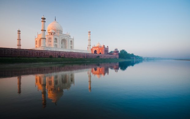 Taj Mahal India Agra (click to view)