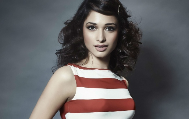 Tamanna Photo Stills (click to view)