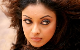 Tanushree Dutta In Close Up
