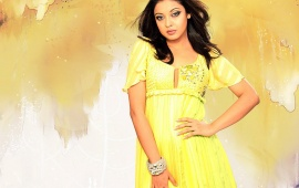 Tanushree Dutta in Yellow Dress