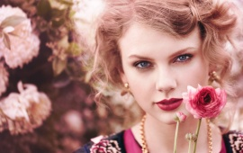 Taylor Swift Teen Vogue