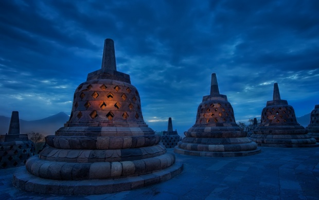The Blue Temple Indonesia (click to view)