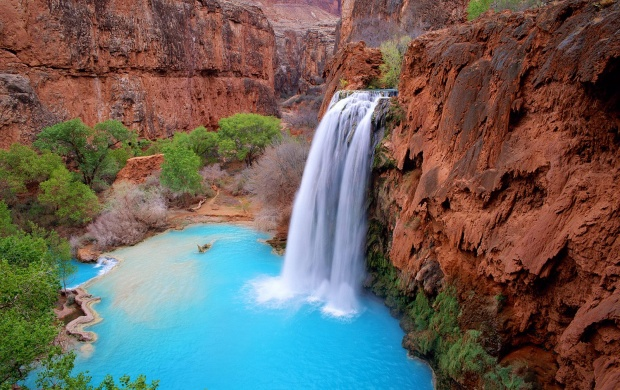 The Waterfalls of Havasupai (click to view)