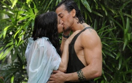 Tiger And Shraddhas Steamy Kiss In Baaghi