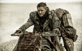 Tom Hardy In Mad Max: Fury Road 2015