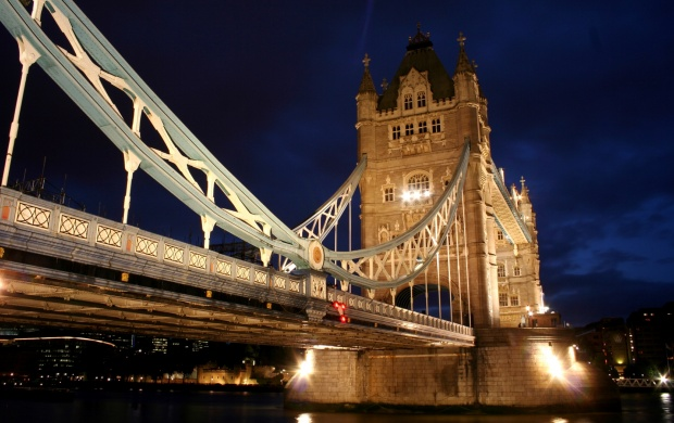 Tower Bridge London (click to view)
